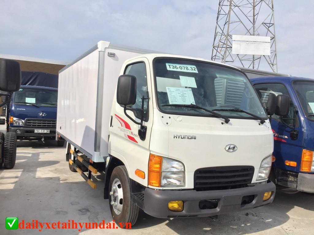hyundai-n250sl-thung-composite